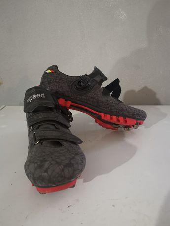 Sapatos btt com encaixe n42