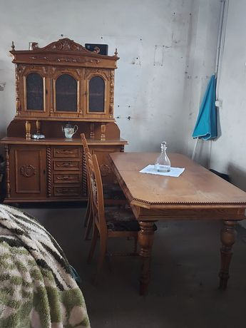 Duży stół rozkladany