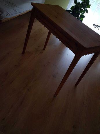Drewniany stół f