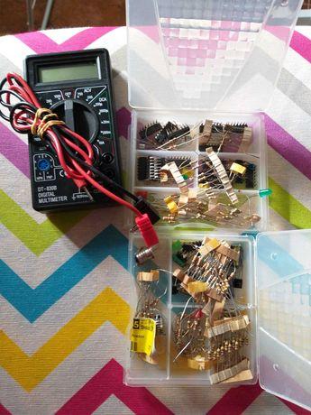MultimetreDT830B,Pilha 6V,Componentes
