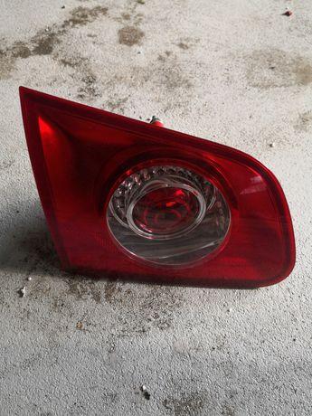 Vw Passat B6 tylna lewa lampa w klapę lewy tył