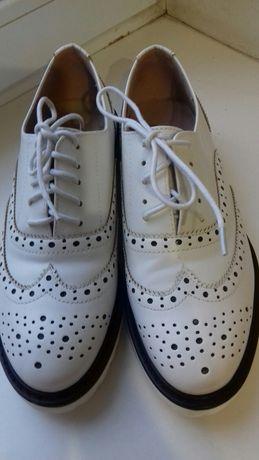 Туфли испания белые