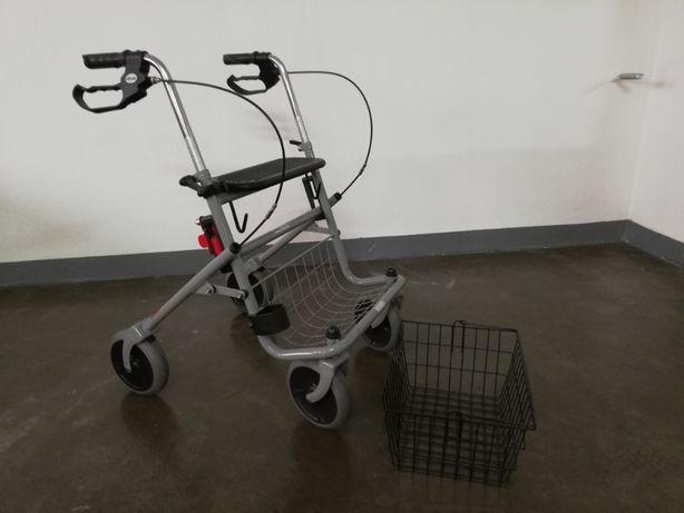 Chodzik, balkonik rehabilitacyjny, 4 - kołowy, składany, z koszyczkiem