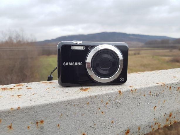 Цифровой фотоаппарат Samsung ES80 Black (Комплект + Чехол + Штатив)