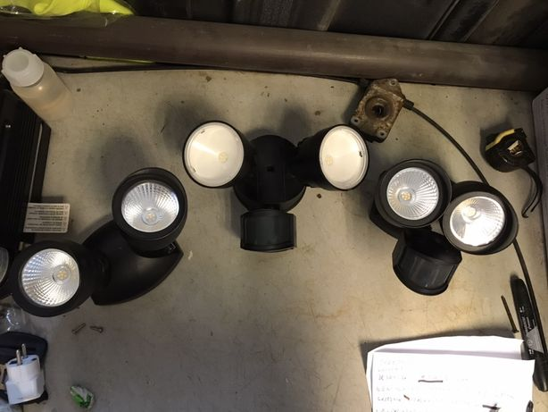 lampy zewnetrzne lampa z czujnikiem ruchu przed garaz taras lutec