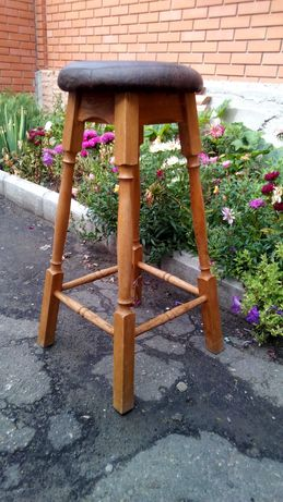 Барные стулья, дубовые