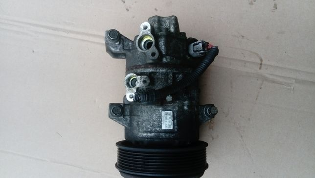 sprężarka klimatyzacji kompresor toyota avensis t25 cześci