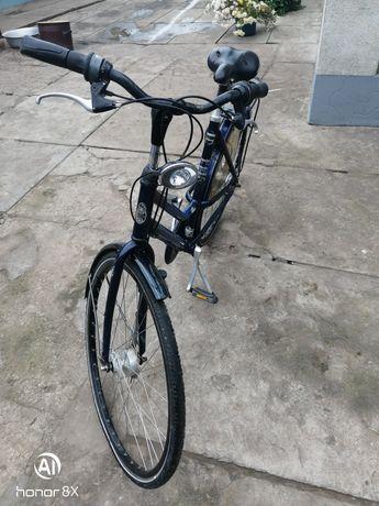 Продам велосипед Gazelle планетарка 7 передач, колеса 28