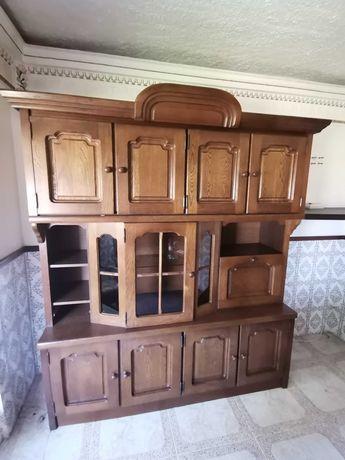 Móvel de Sala em madeira