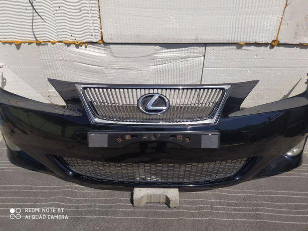 Zderzak przedni Lexus IS