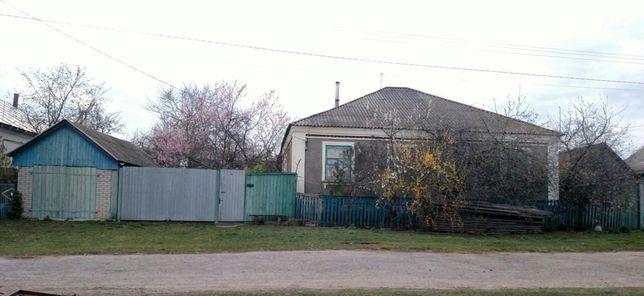 Продаю добротный дом в селе Полошки Глуховского района Сумской области