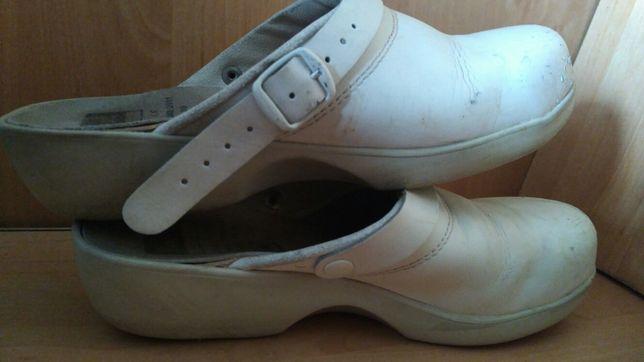 Тапочки, р 37, шкіра, роба, сланци,ортопед, черевики, туфлі
