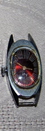 Часы–советские -механические ... !