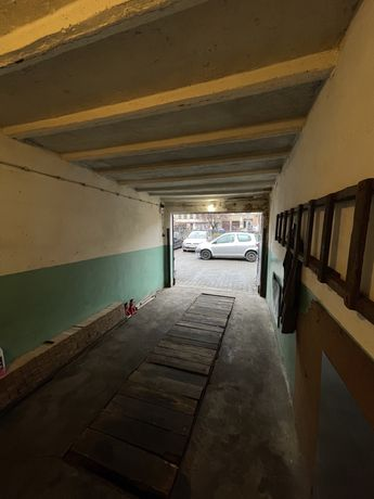 Garaż/warsztat z kanałem i prądem na godziny krótkoterminowo