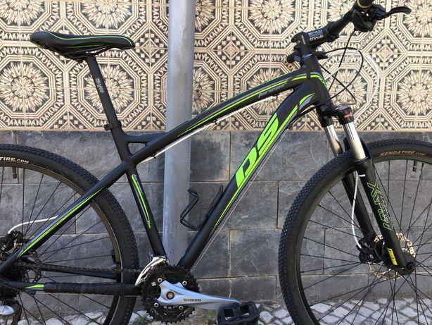 Bicicleta de btt roda 29