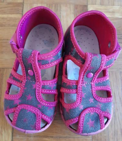 Sandałki roz. 22