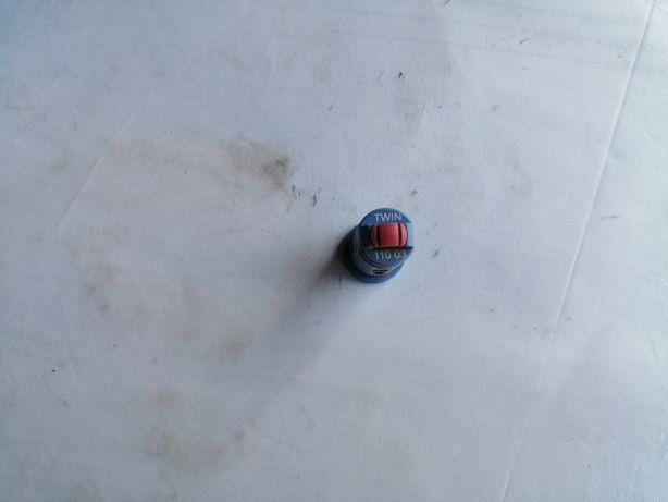 Dysza. Rozpylacz eżektorowy dwustrumieniowy AVI TWIN ALBUZ 110 03