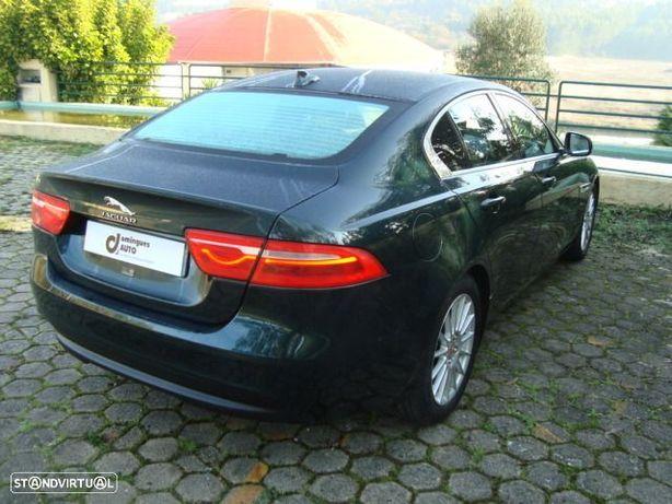 Jaguar XE 2.0 D Prestige Aut.