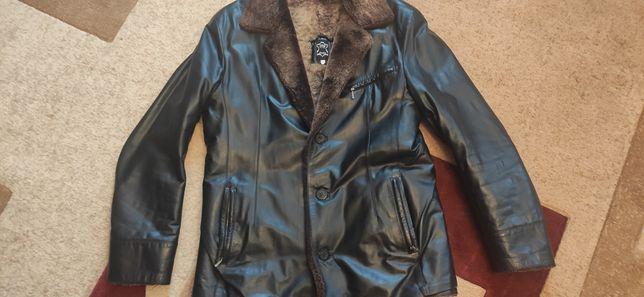 Срочно продам кожаную зимнюю куртку