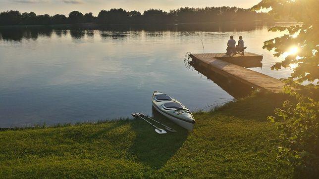 Wakacje - Pokoje nad jeziorem Serwy, własna plaża