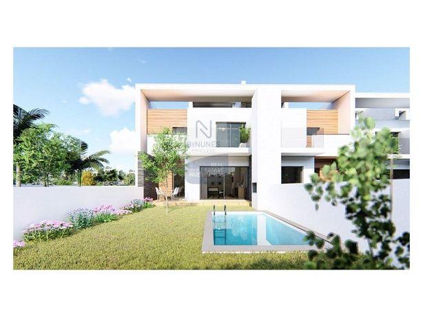 Moradia T2 | condomínio NANCY VILLAGE | Ferreiras | Albuf...
