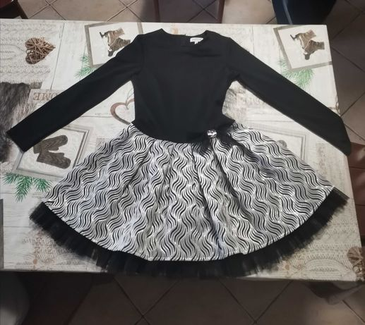 Sukienka firmy pettino