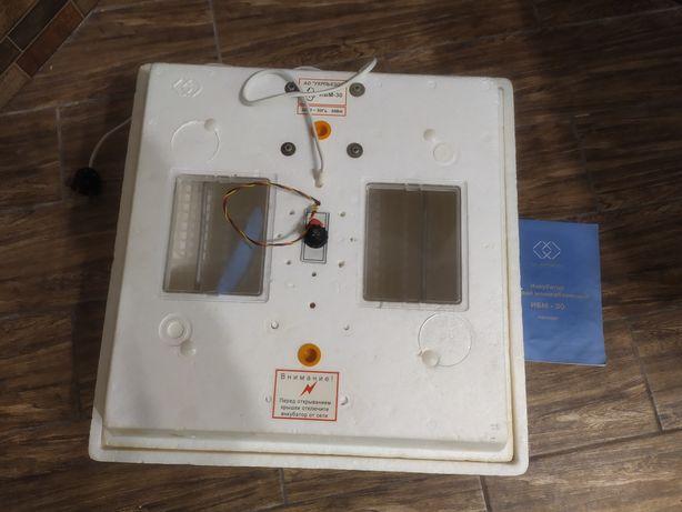 Інкубатор ИБМ-30