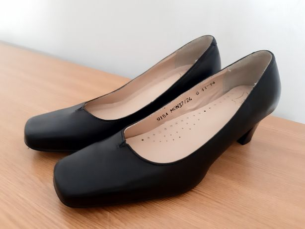 Zamienię damskie wojskowe nowe buty obuwie z 37 na 38 MON