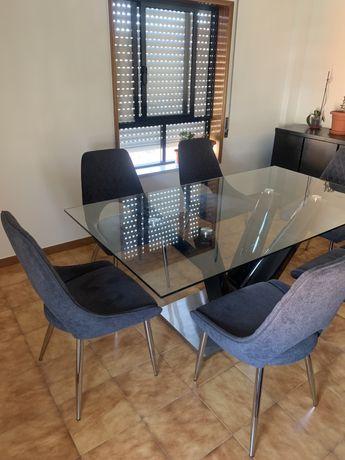 Mesa de sala jantar vidro mais cadeiras