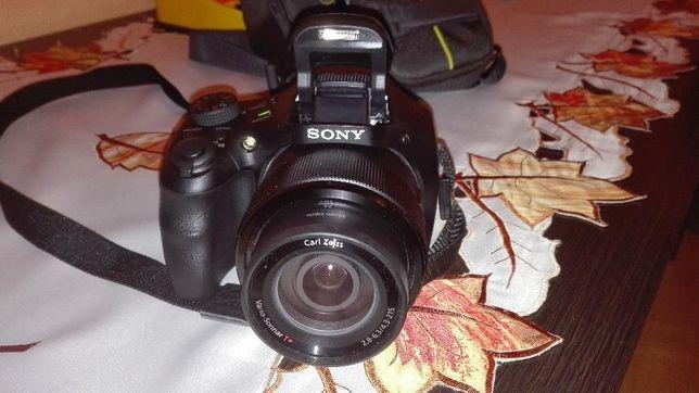 Sprzedam Aparat Sony HX300