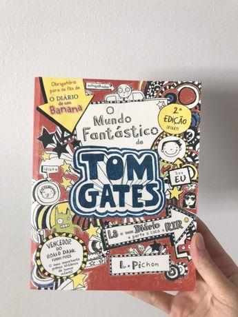 """Livro """"O Mundo Fantástico de Tom Gates"""""""