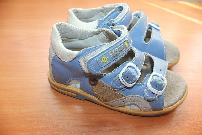 Босоножки сандали 26 размер на мальчика