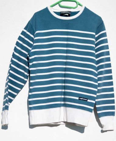Niebieski sweter w białe poziome pasy. wysyłka, super cena
