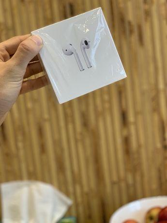 Навушники airpods хороший стан