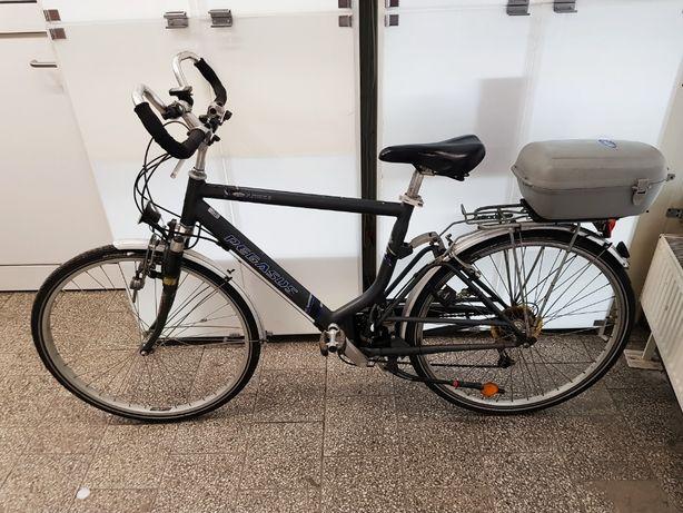 Rower PEGASUS ARCONA 28'' Shimano NEXAVE, wahacz,bagażnik Plus Lombard