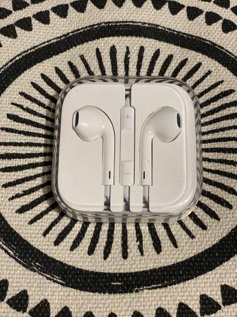 Słuchawki Apple EarPods ze złączem Lightning