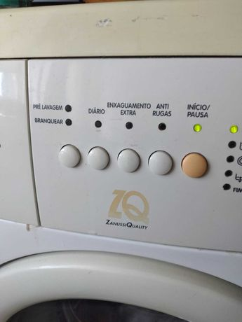 Máquina de lavar roupa, Zanussi