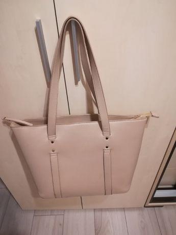Firmowa torebka shopper bag w kolorze nude jak nowa