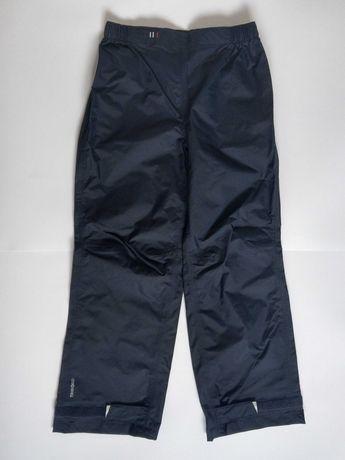 Nieprzemakalne spodnie Decathlon rozm. 134-142