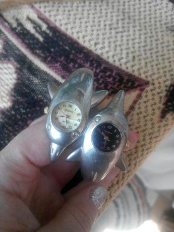 """Двойные часы на руку марки """" Geneva"""" с дельфинчиками"""