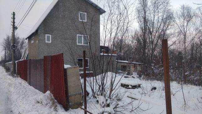 Продается дача на Русановских садах, ул. Вторая Дамбовая