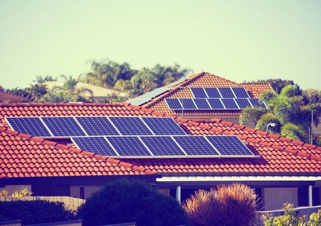 Painéis Solares Fotovoltaicos e bombas de calor (Reembolso de 85% pelo