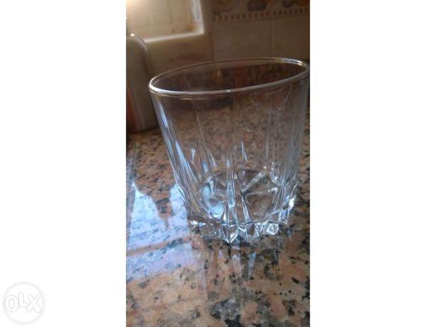 Conjunto 6 copos e Balde de gelo, vidro novos