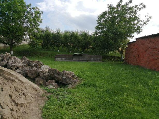Продається земельна ділянка в с. Ставчани