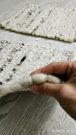 Коврик, подушка из овечьей шерсти