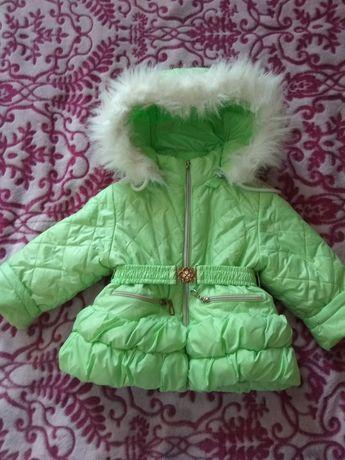 Курточка зимова...