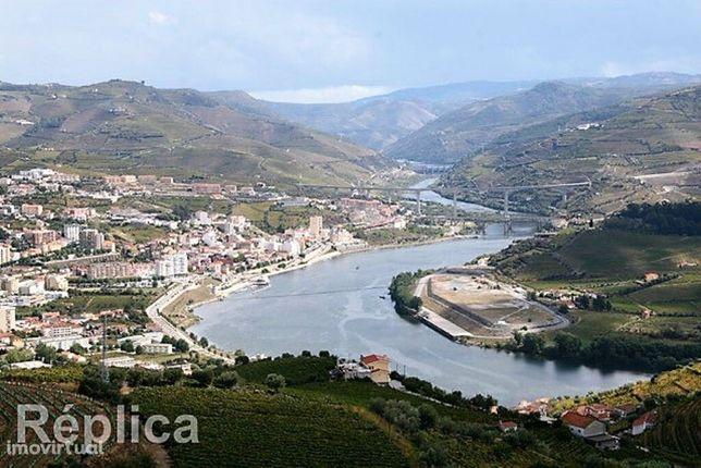 Terreno PIP aprovado para hotelaria - Vistas Rio Douro - Régua