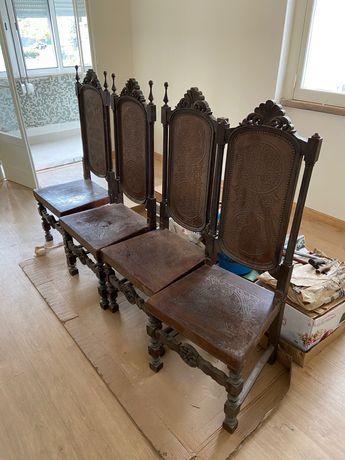 Mesa e 8 cadeiras sala de jantar