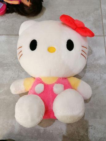 Hello Kitty. Firma nici