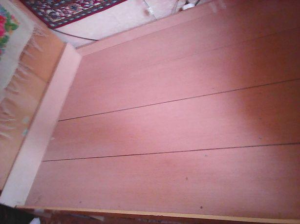 Кровать двухместная продам
